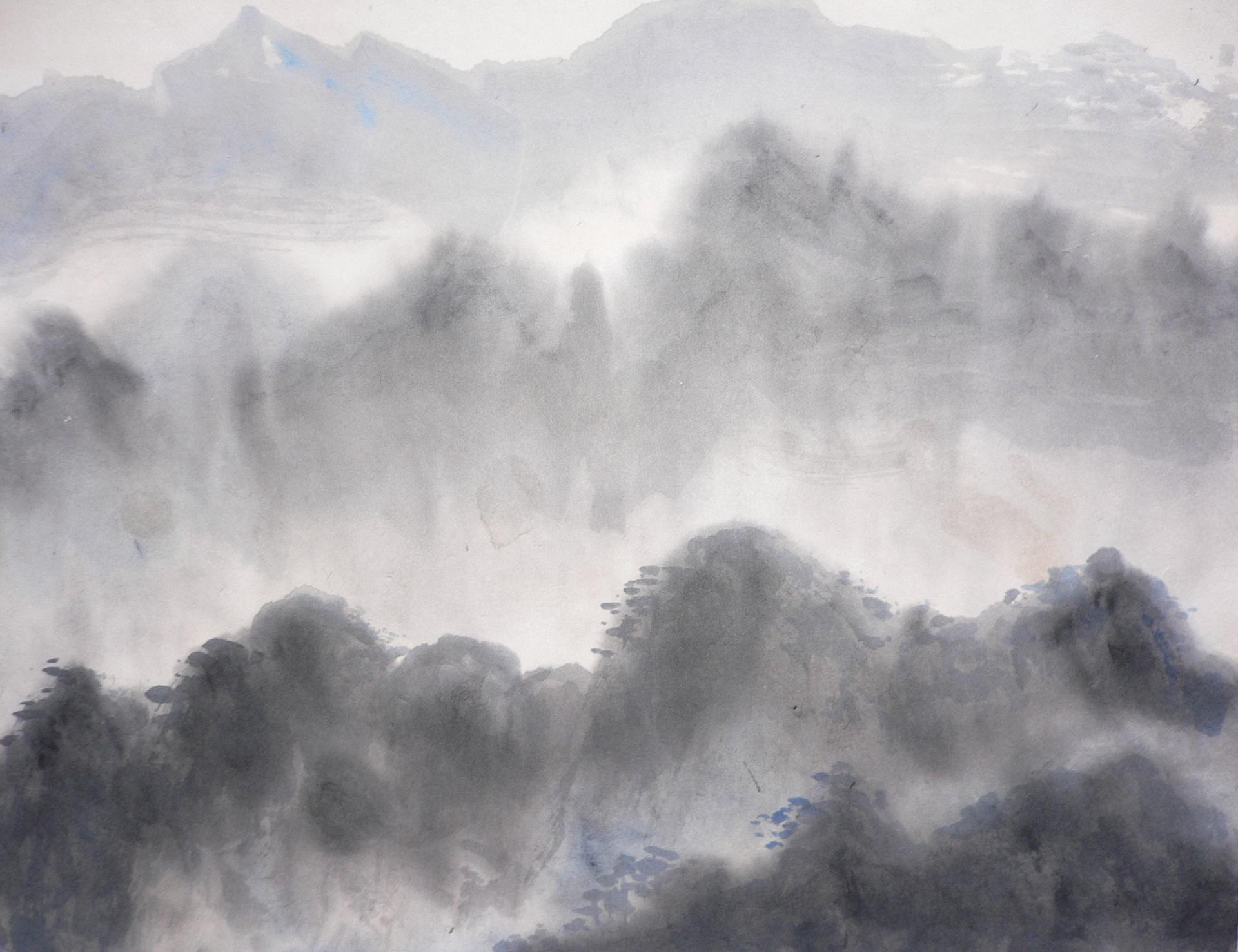 Paysage dans la brume matinale