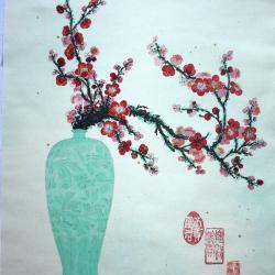 Prunus rouge et vase de jade